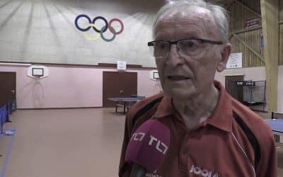 Jean DESSERTINE Champion de tennis de table à 82 ans