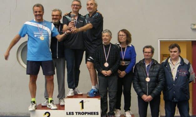 Martine PONTILLE, Bruno FRERY et Marc STARON gagnent au tournoi régional vétérans